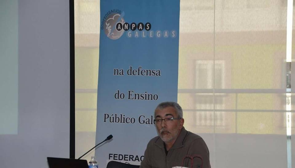 Charla sobre as reválidas dirixida a nais e pais do alumnado do CPI Camiño de Santiago