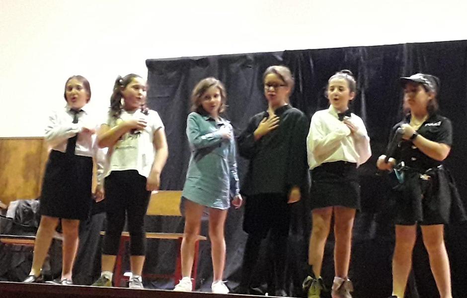 Os grupos de teatro da ANPA repiten hoxe actuación para o alumnado do colexio